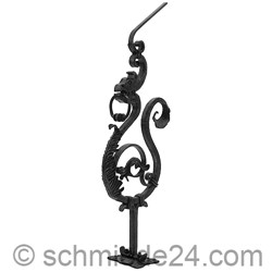 Picture of heavy baroque newel post